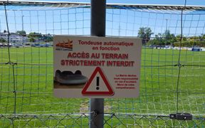 Signalétique du stade de football de Perly-Certoux