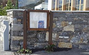 Panneau d'affichage vitrine restaurant Rougemont